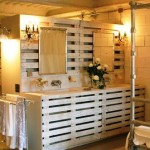 DIY Bathroom pallet furniture