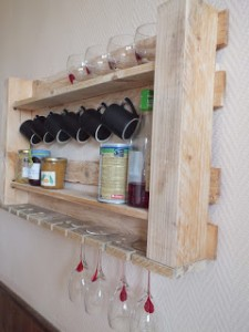 kitchen_pallet_shelf_2