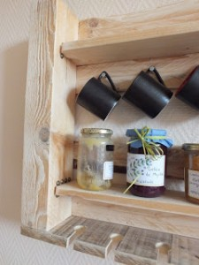 kitchen_pallet_shelf_3