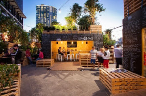 pallet_furniture_melbourne_cafe_3