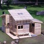 Pallet house or shelter for refugies