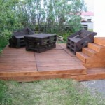 Do a wooden deck with pallets