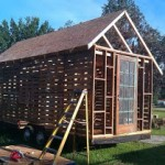 DIY house made of recycled pallets