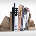 Design of book-end made of pallets