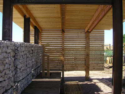 farm_production_center_made_of_pallets_3