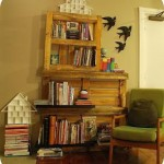 Build a DIY book-shelf with pallets