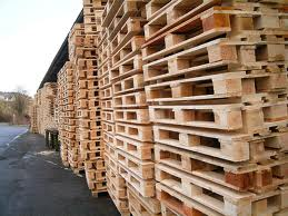 roof_construction_with_pallets