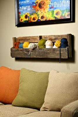 shelves_with_pallets