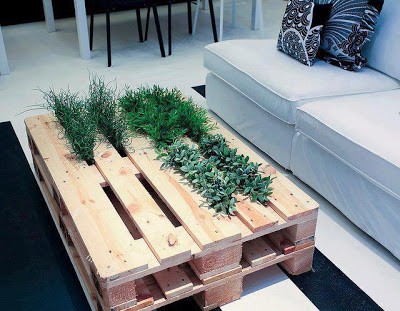 2 in 1 Garden table made of pallets