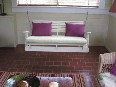 Build with pallets a rocker sofa