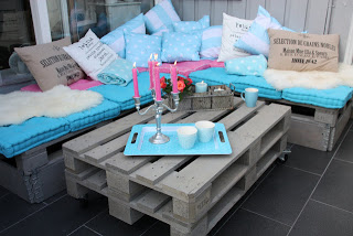DIY pallet furniture lounge to put on our outdoor patio_2