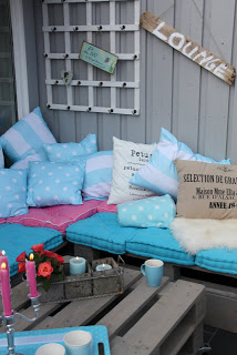 DIY pallet furniture lounge to put on our outdoor patio_4