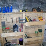 Functional shelf for your garage made ​​of pallets