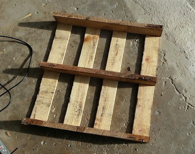 Make your own sled with a wooden pallet_3