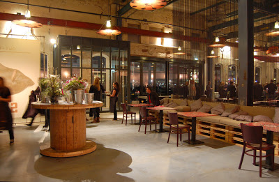 Restaurant in Amsterdam furnished with furniture made from recycled materials_2