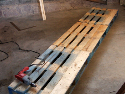Usefull garage shelves made of pallets_4