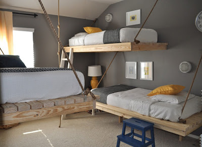hanging bunk beds made ​​with pallets