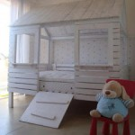 Pallet bed-house for your kids