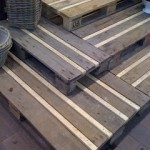 Rustic stairs made with recycled wooden pallets