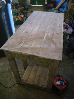 Classic desktop PC made with wooden pallets18