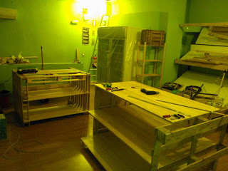 Eco shop all furnished with furniture made of pallets3