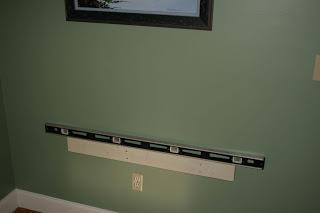 Hanging desktop made of pallets6