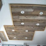 Lighting in a kitchen using wooden pallet boards