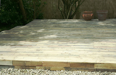 wooden flooring made of pallets