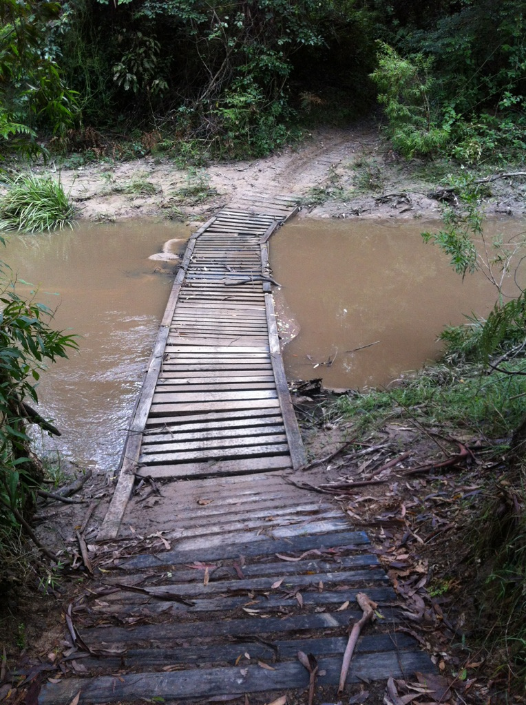 Bridge built with recycled pallets2