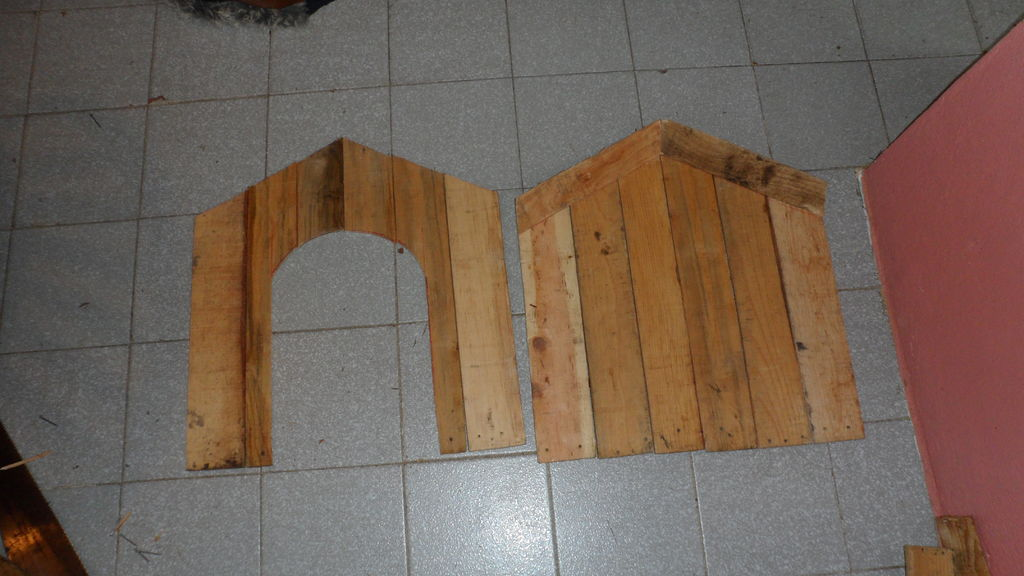pallet_or_fruit_box_diy_dog_house9