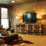 Simple TV cabinet made with pallets