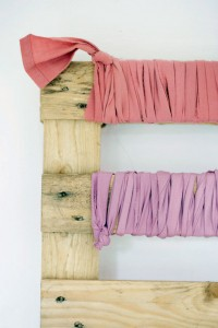 Coat rack easy to do with pallets and plans of the construction process4