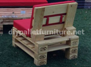 Garden furniture made with pallets (3)