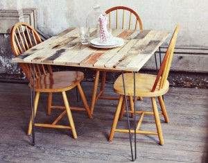 How to make a rustic-vintge table with pallet boards (11)