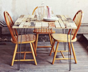How to make a rustic-vintge table with pallet boards (2)