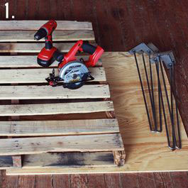 How to make a rustic-vintge table with pallet boards (4)