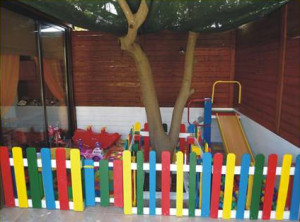 Kindergarten made ​​with pallets and plans of the process (2)