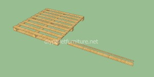 Plans and video of how to make house with pallets3