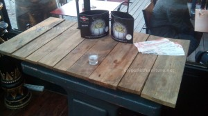 Tables made of pallets at the Belgrado Cafe (4)