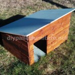 Video of how to make a doghouse with pallets