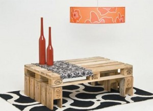Cool table with only 2 pallets