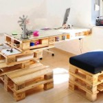 Desk-shelf irregular design with pallets