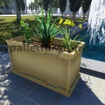 Instructions and 3D drawings of how to make a planter with pallets