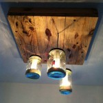 Lamp made ​​with pallets and glass jars