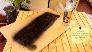 Make prints on your pallet furniture with spray paint 6