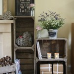 Small cabinets made ​​from recycled fruit boxes