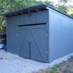 Step by step guide of how to make a toolshed or warehouse with wooden pallets
