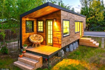 House built with wooden pallet boards for less than € 10,000 ($ 12,000)