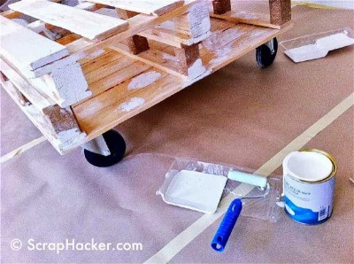 How to do a coffee table with two pallets