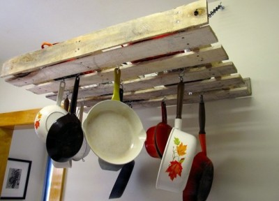 How to make a cabinet for hanging kitchen utensils with one pallet
